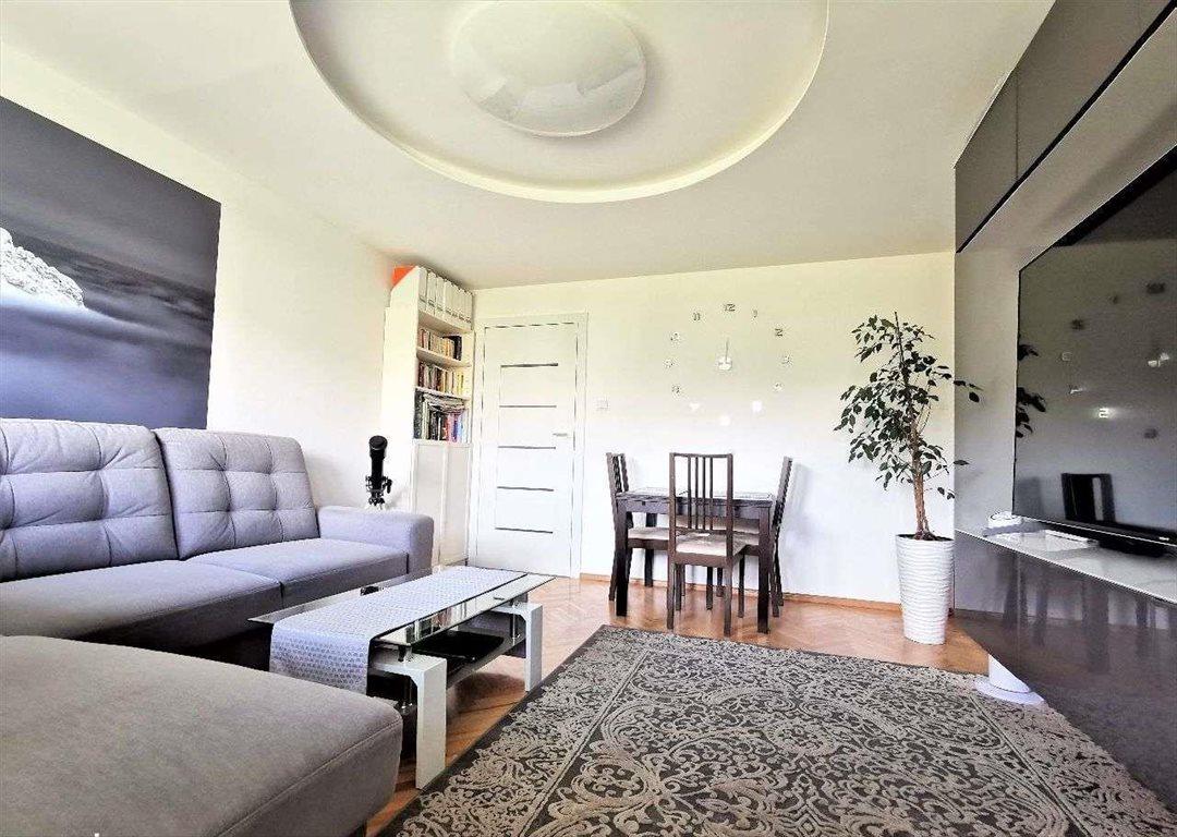 Mieszkanie trzypokojowe na sprzedaż Gdynia, Pustki Cisowskie-Demptowo, Berberysowa  60m2 Foto 2