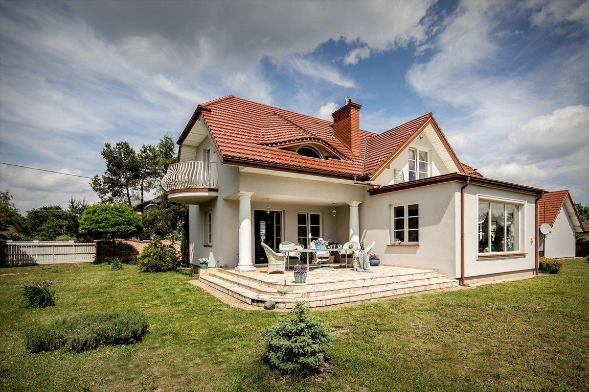 Dom na sprzedaż Strzeniówka  248m2 Foto 1