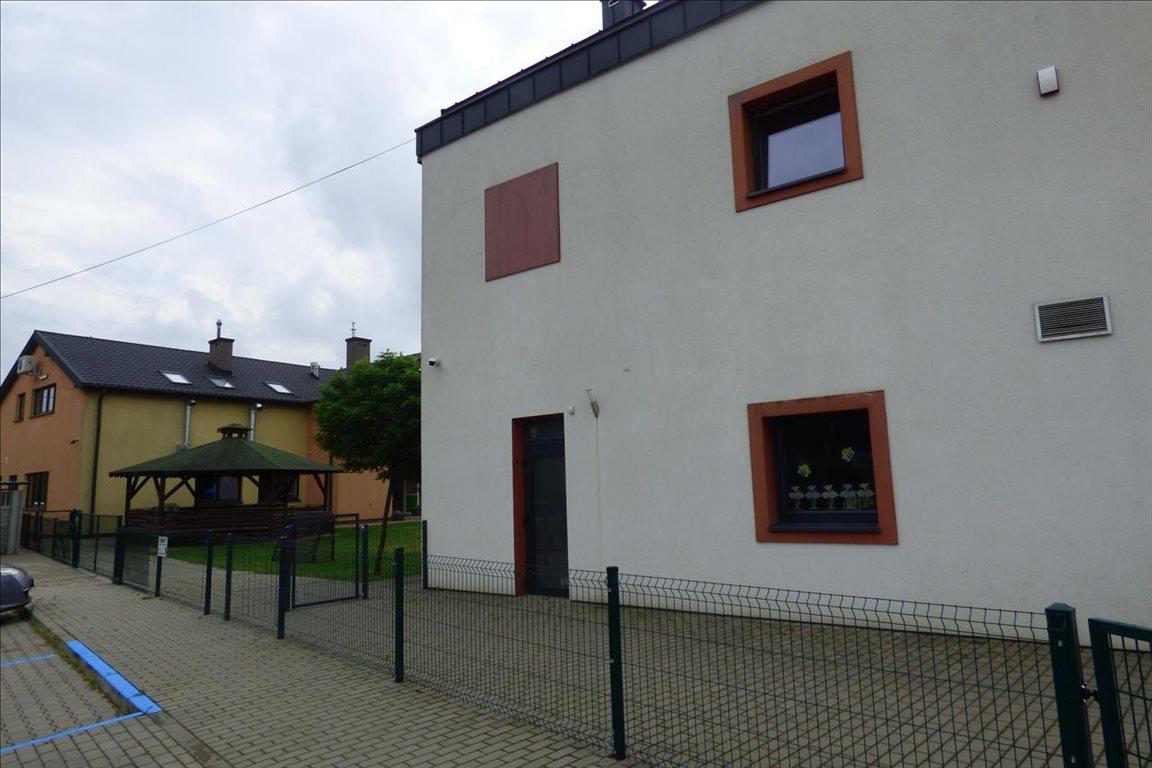 Lokal użytkowy na sprzedaż Baszkówka  6129m2 Foto 2