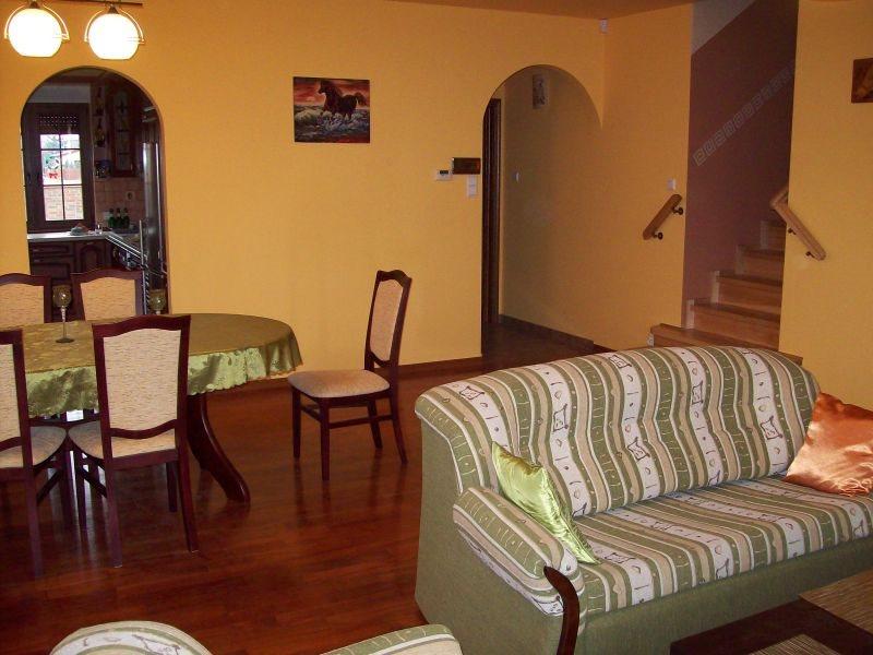 Dom na wynajem Kiełczów  184m2 Foto 4
