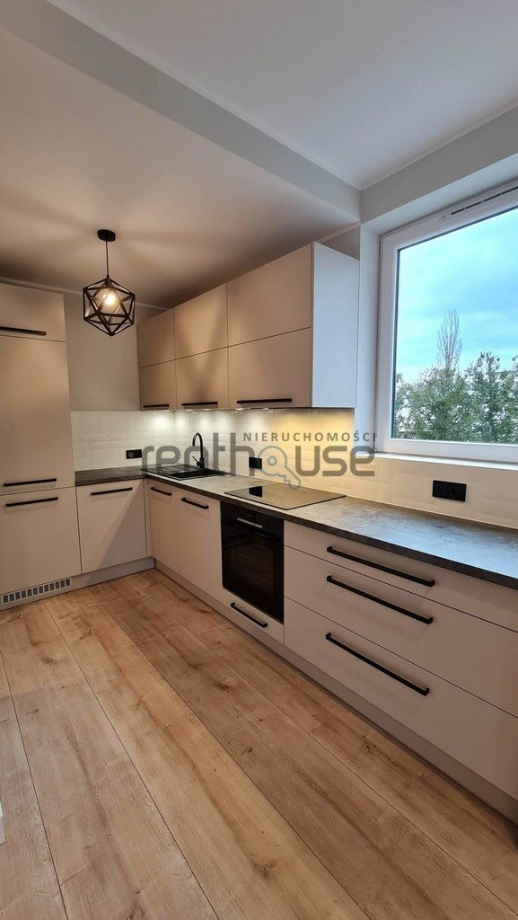 Mieszkanie trzypokojowe na sprzedaż Bielsko-Biała  57m2 Foto 9
