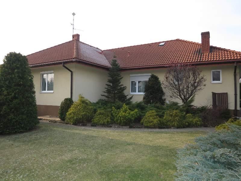 Dom na sprzedaż Częstochowa, Stradom, brak  200m2 Foto 1