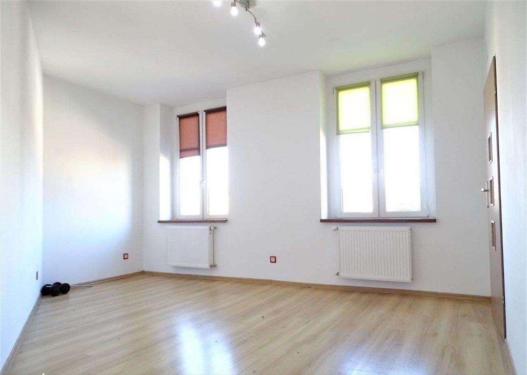 Mieszkanie trzypokojowe na sprzedaż Bytom, ul. krakowska  73m2 Foto 5