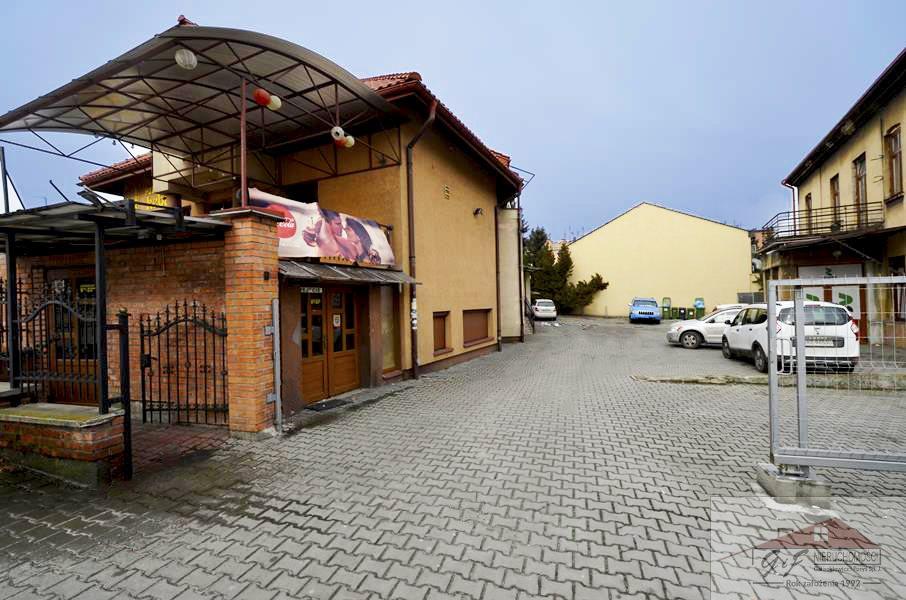 Lokal użytkowy na wynajem Jarosław, 3 Maja  200m2 Foto 1