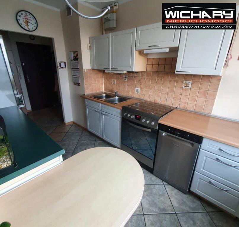 Mieszkanie dwupokojowe na sprzedaż Chorzów, Centrum  45m2 Foto 1