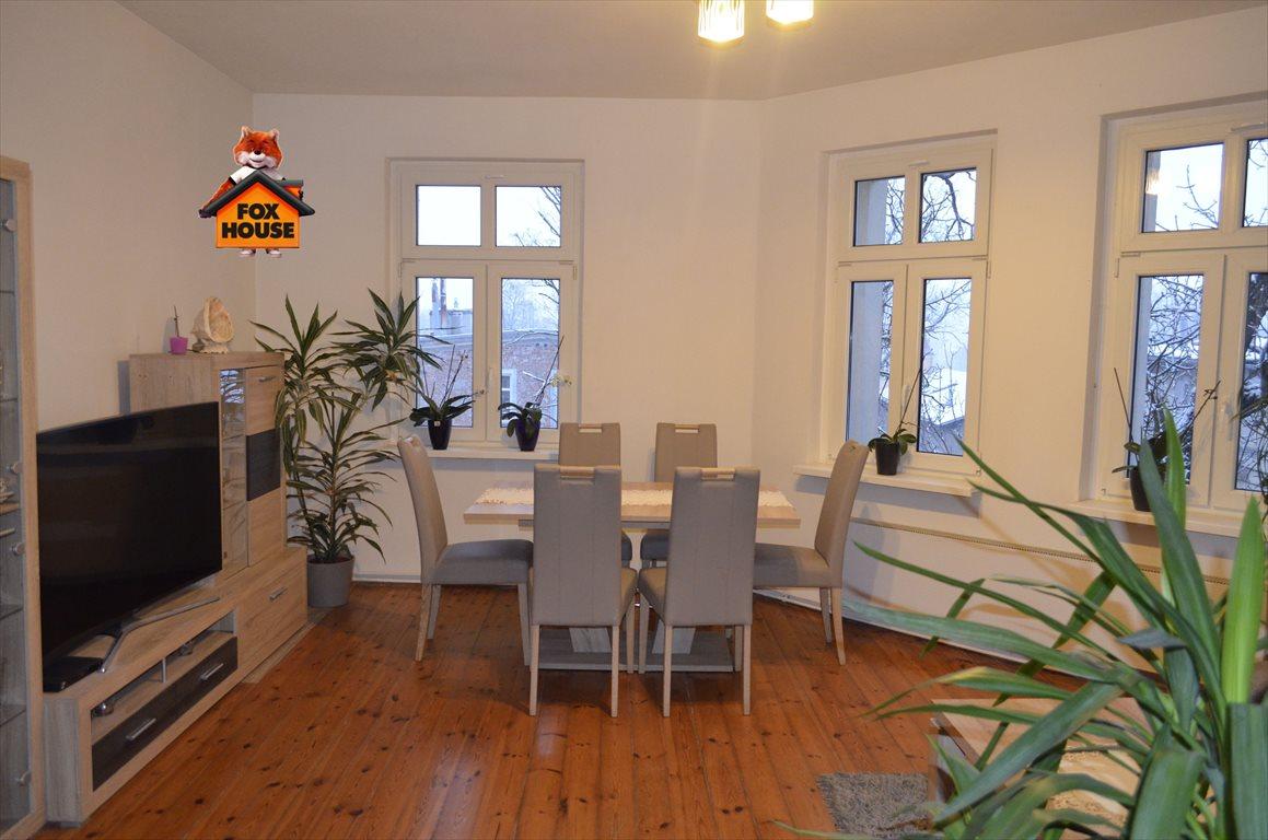 Mieszkanie dwupokojowe na sprzedaż Jelenia Góra  59m2 Foto 1