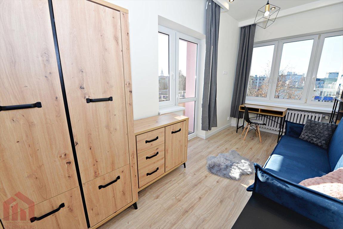 Mieszkanie trzypokojowe na wynajem Rzeszów, Śródmieście, Grodzisko  70m2 Foto 1