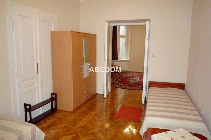 Mieszkanie czteropokojowe  na wynajem Kraków, Stare Miasto, Kleparz, Krowoderska  90m2 Foto 2