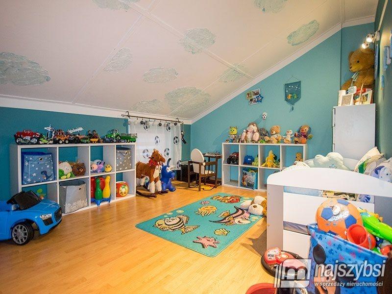 Mieszkanie czteropokojowe  na sprzedaż Świdwin, Obrzeża  116m2 Foto 12