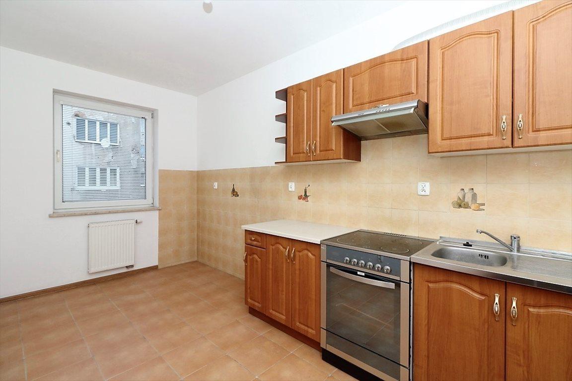Mieszkanie czteropokojowe  na sprzedaż Warszawa  72m2 Foto 3