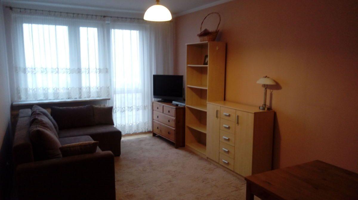 Mieszkanie dwupokojowe na wynajem Poznań, Stare Miasto, Winogrady, Os. Pod Lipami  38m2 Foto 2