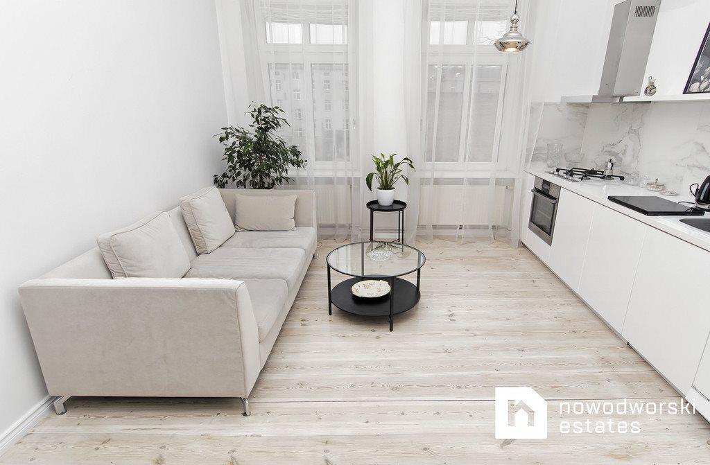 Mieszkanie trzypokojowe na wynajem Poznań, Łazarz, Łazarz, Głogowska  75m2 Foto 1