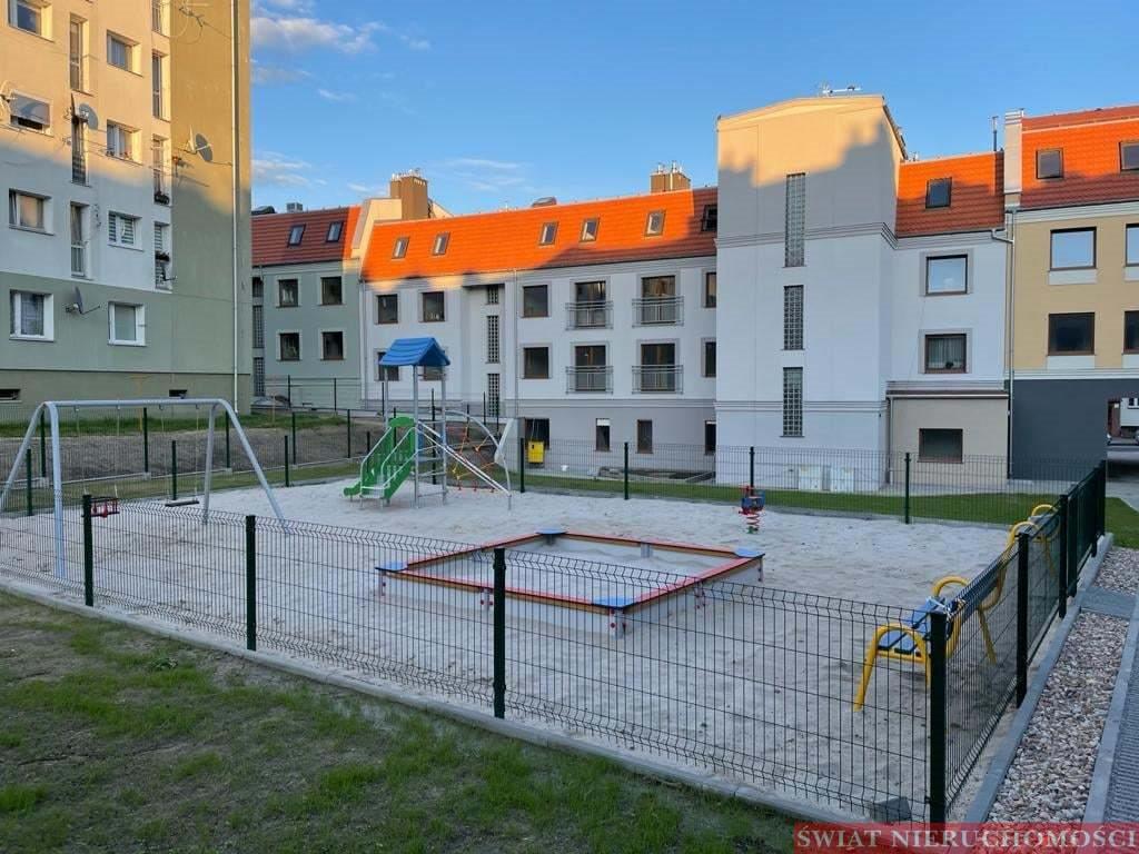Mieszkanie trzypokojowe na sprzedaż Trzebnica  66m2 Foto 4