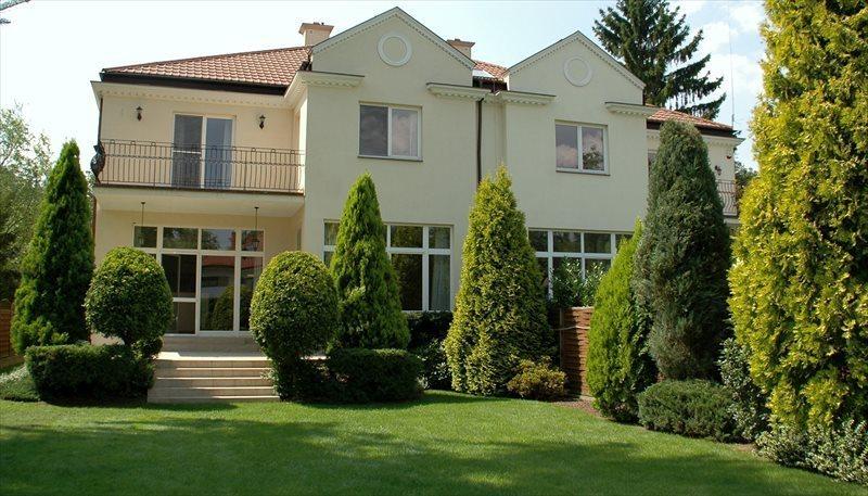 Dom na wynajem Konstancin-Jeziorna, Klarysew, Willowa 6  500m2 Foto 1