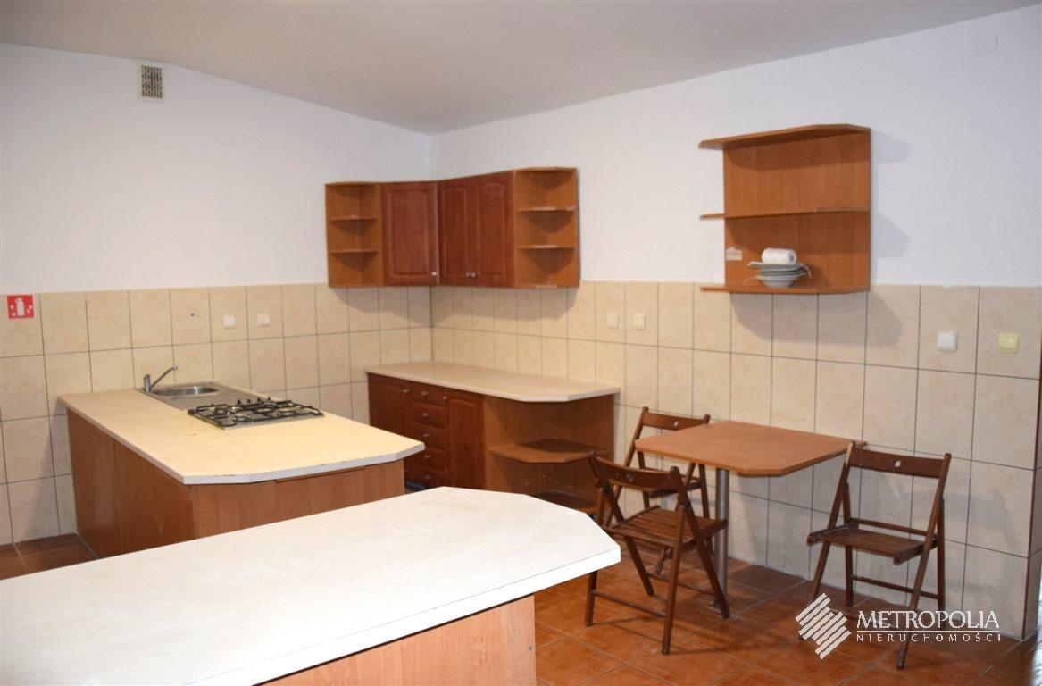 Mieszkanie trzypokojowe na wynajem Mała Wieś  180m2 Foto 3