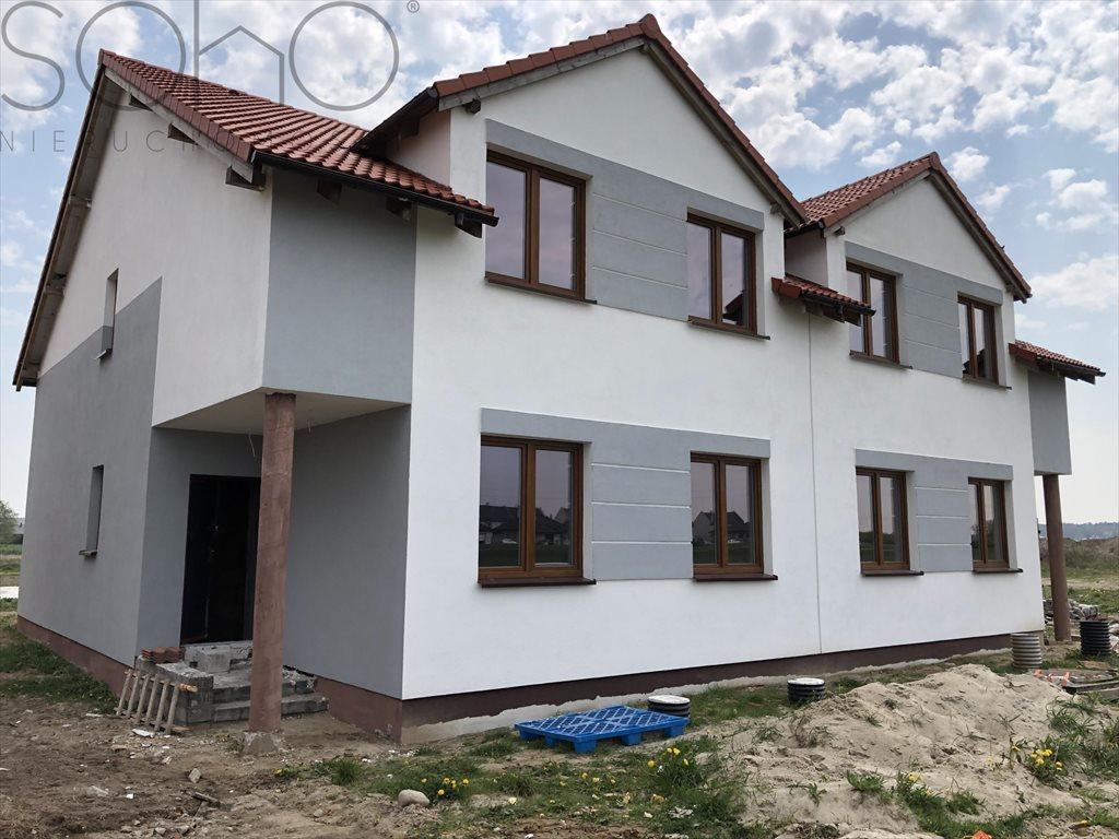 Mieszkanie trzypokojowe na sprzedaż Dachowa  70m2 Foto 1
