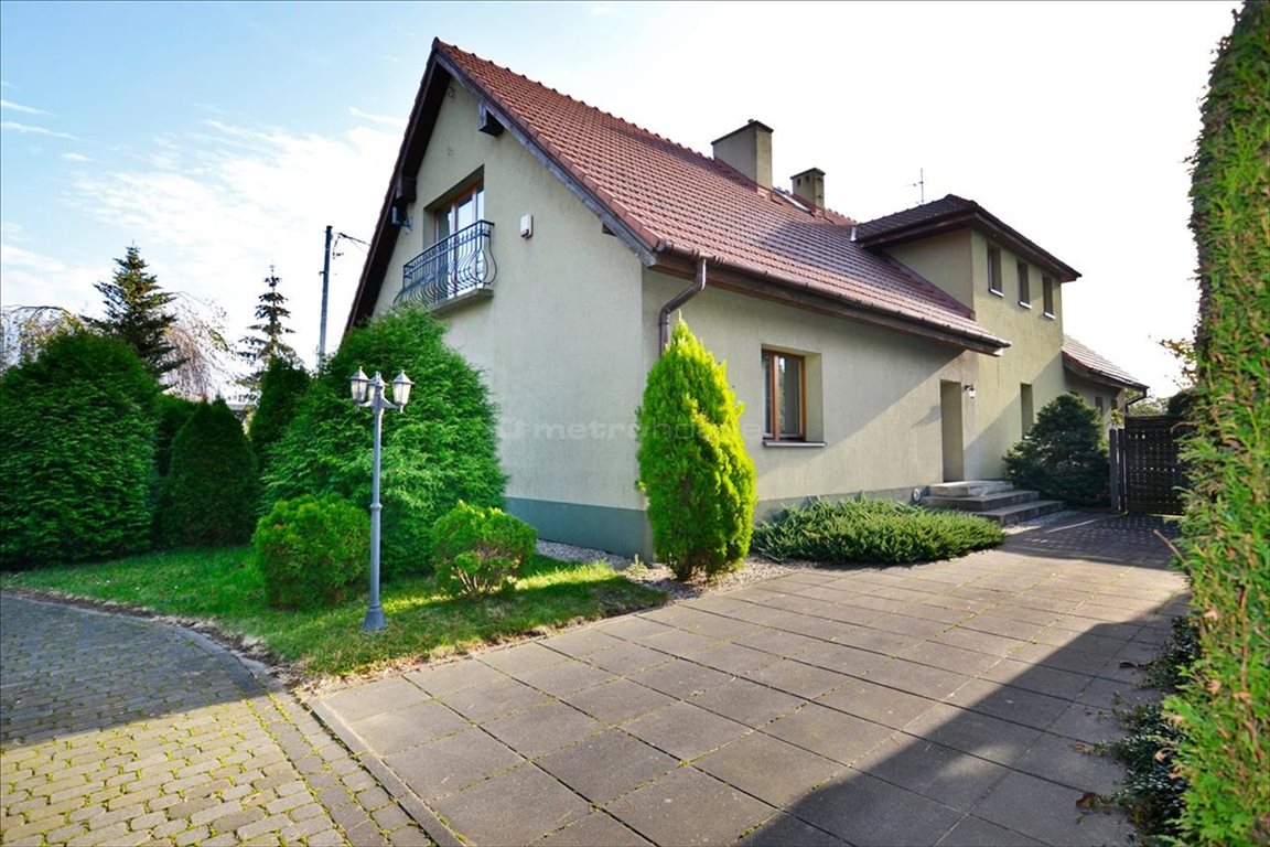 Mieszkanie czteropokojowe  na wynajem Tychy, Urbanowice, Oświęcimska  130m2 Foto 1