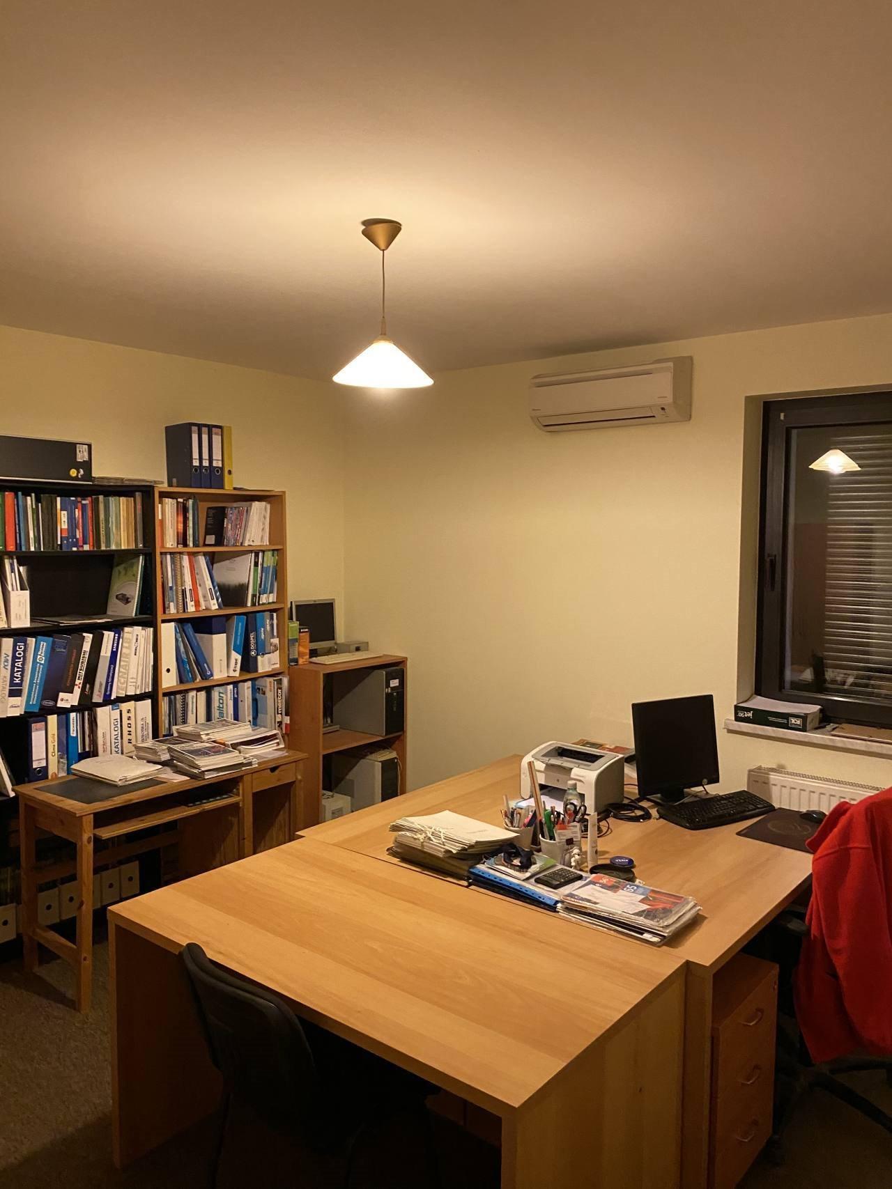 Mieszkanie czteropokojowe  na sprzedaż Cesarzowice  120m2 Foto 2