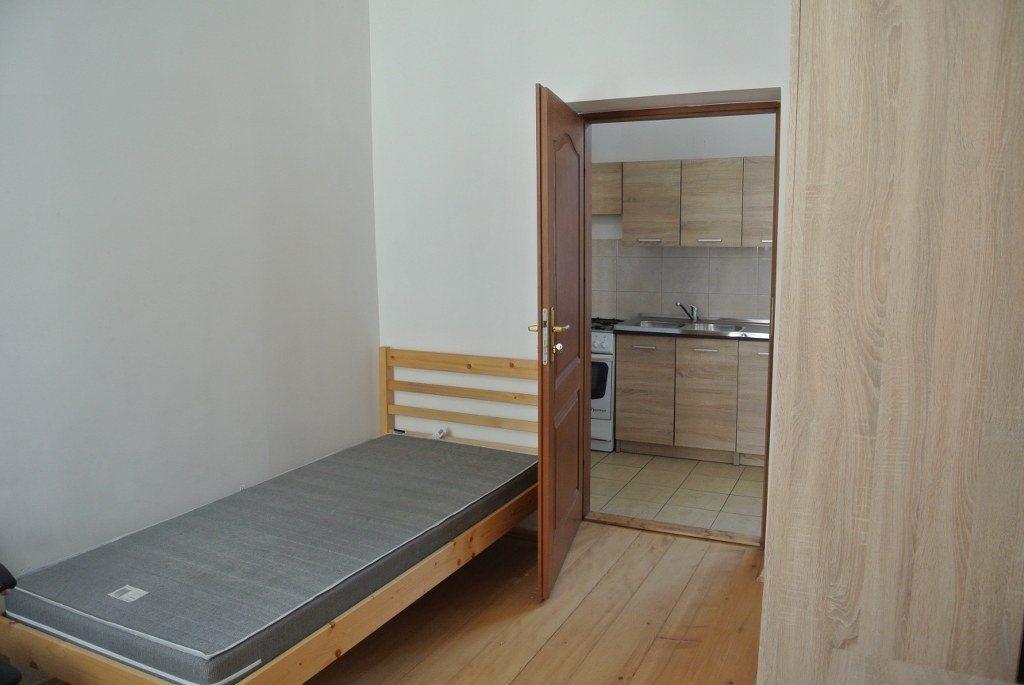 Mieszkanie czteropokojowe  na wynajem Kielce, Centrum  65m2 Foto 5