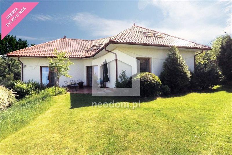 Dom na sprzedaż Bochnia  220m2 Foto 1