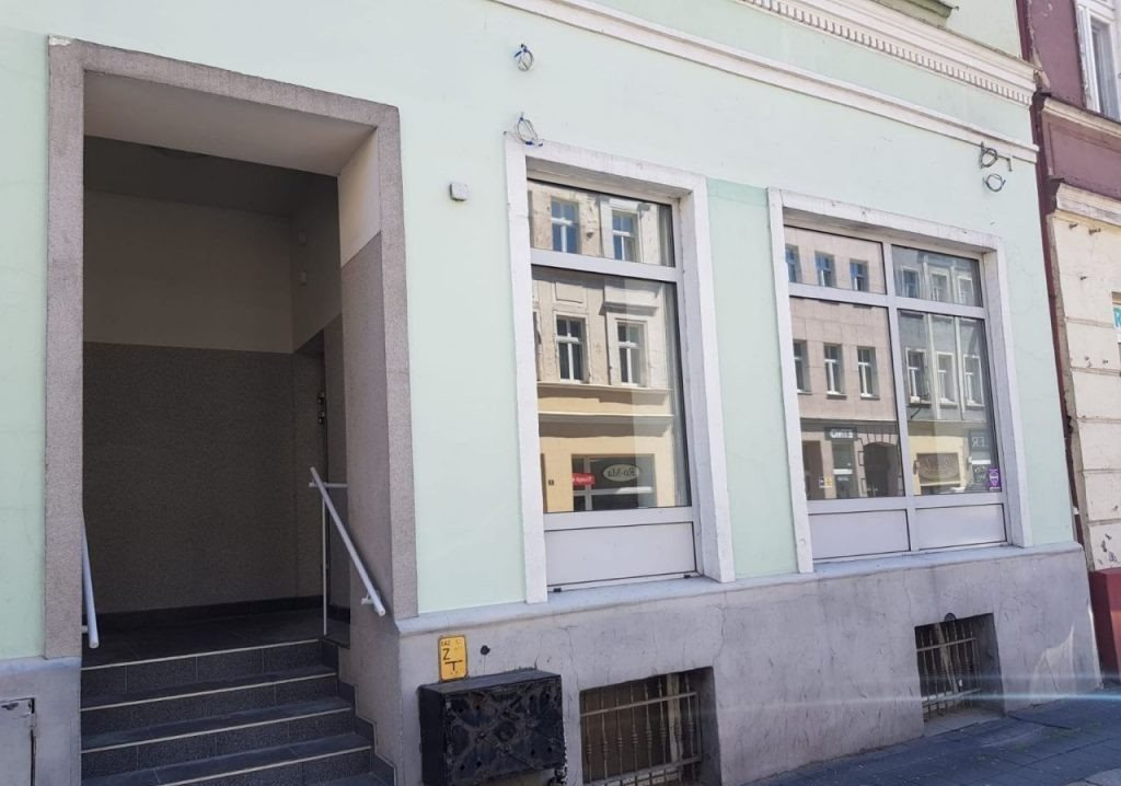 Lokal użytkowy na wynajem Gniezno, Mieszka I  110m2 Foto 3