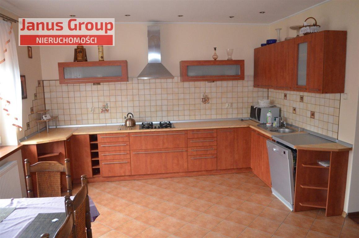 Dom na sprzedaż Bełchatów  100m2 Foto 2