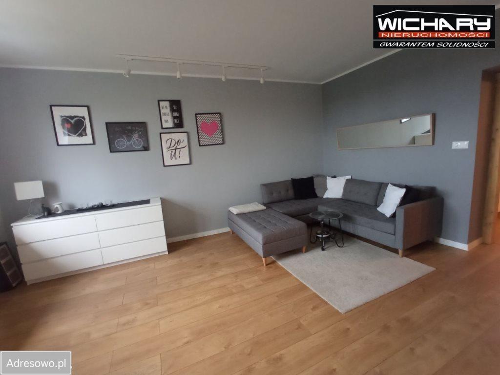 Mieszkanie dwupokojowe na sprzedaż Chorzów  63m2 Foto 3