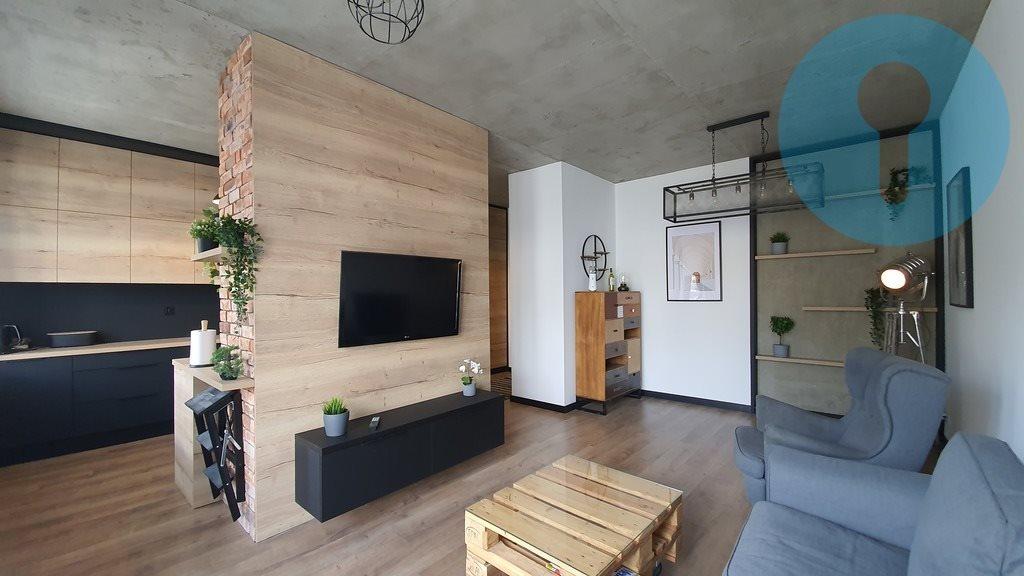 Mieszkanie trzypokojowe na wynajem Kielce, Wojska Polskiego  64m2 Foto 3