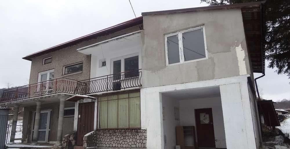Dom na sprzedaż Dukla  183m2 Foto 2