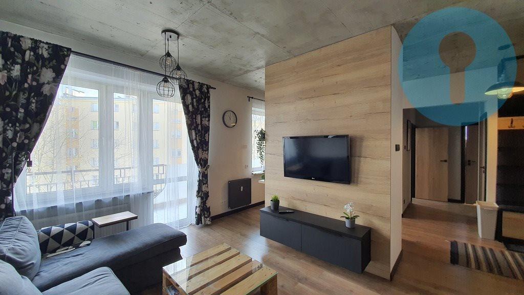 Mieszkanie trzypokojowe na wynajem Kielce, Wojska Polskiego  64m2 Foto 2