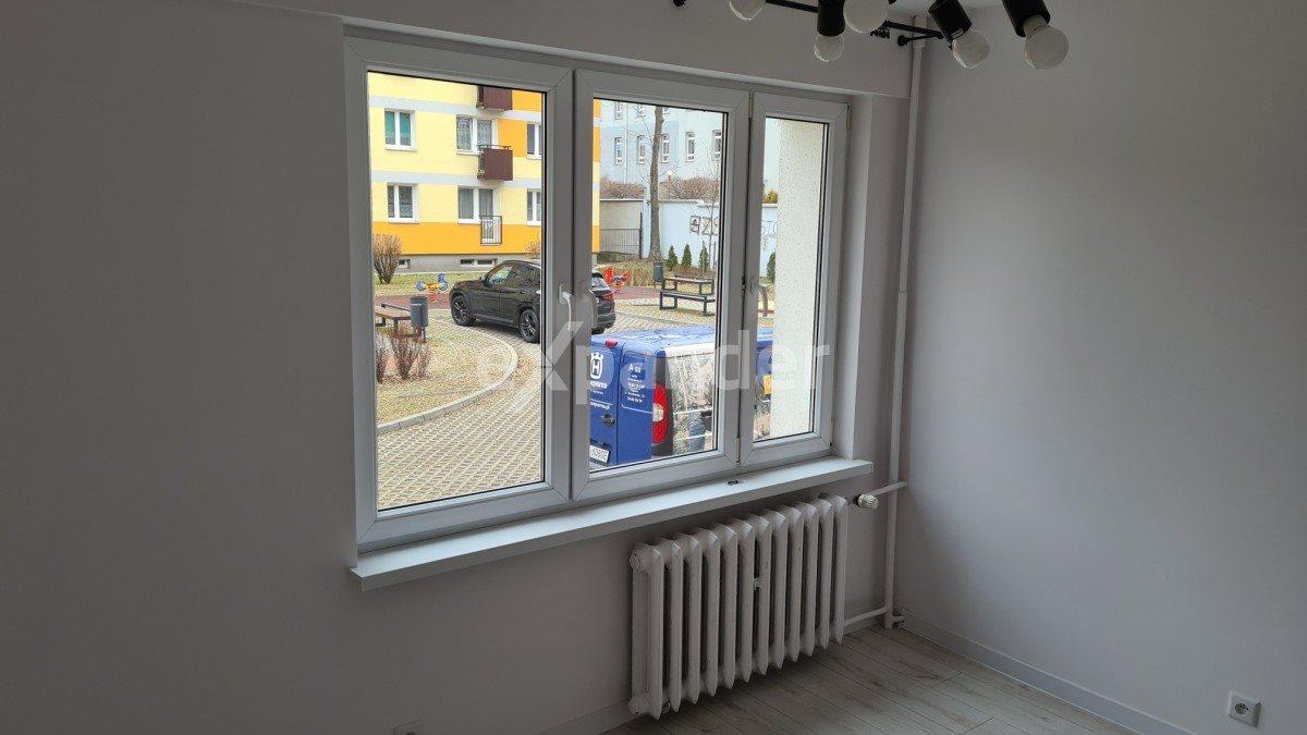 Mieszkanie dwupokojowe na sprzedaż Częstochowa, Tysiąclecie, Sowińskiego  46m2 Foto 5