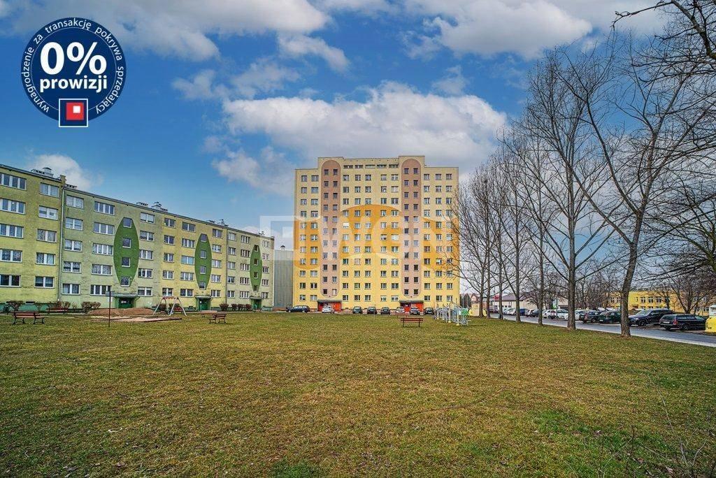 Mieszkanie trzypokojowe na sprzedaż Bolesławiec, centrum  48m2 Foto 10