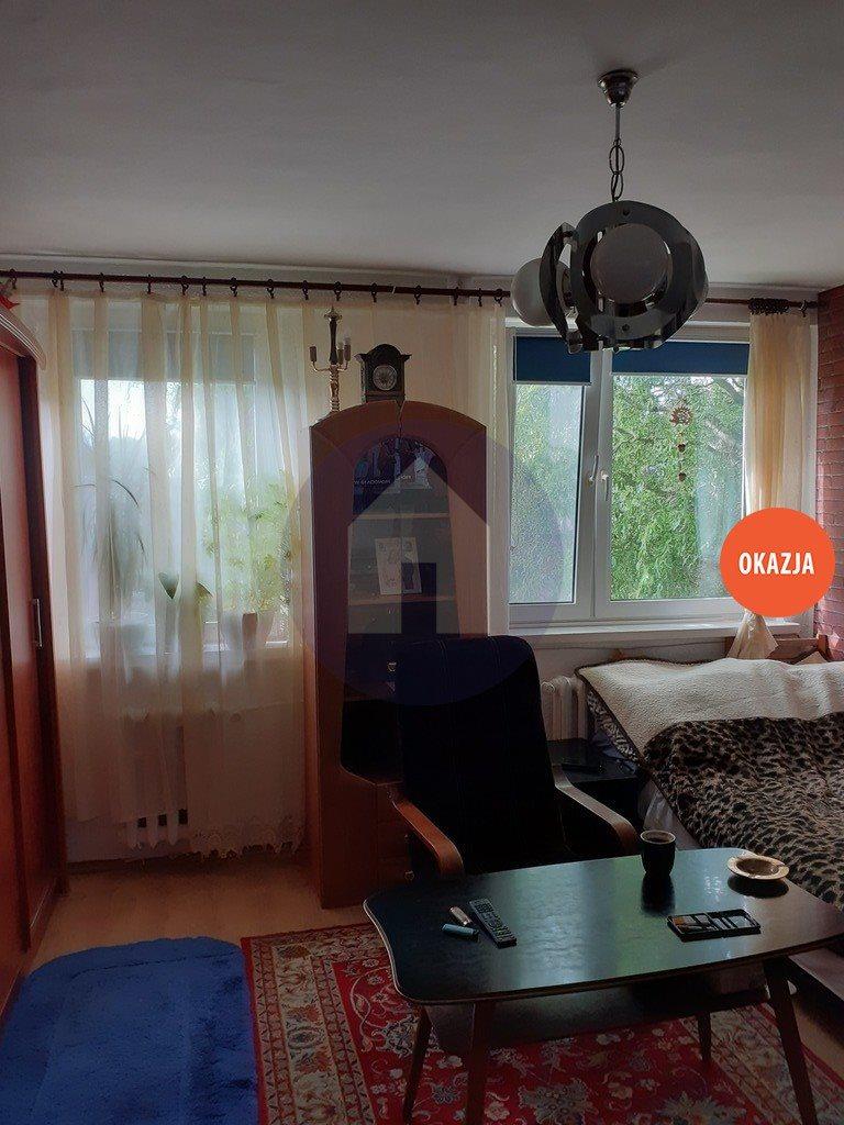 Mieszkanie czteropokojowe  na sprzedaż Przemków  64m2 Foto 1