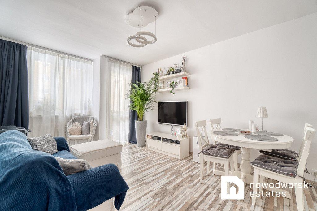 Mieszkanie trzypokojowe na sprzedaż Gdynia, Witomino, Uczniowska  52m2 Foto 2
