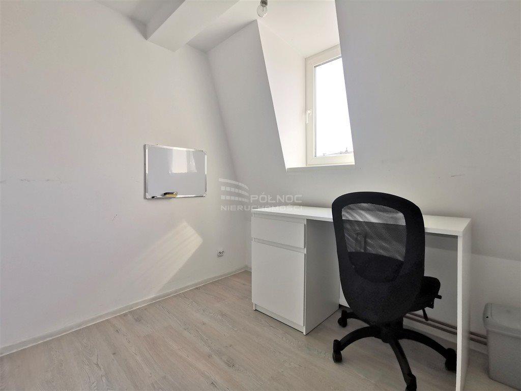 Mieszkanie trzypokojowe na sprzedaż Legnica, Wrocławska  65m2 Foto 5