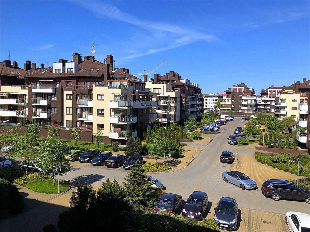 Mieszkanie dwupokojowe na sprzedaż Kołobrzeg, Mazowiecka  63m2 Foto 1