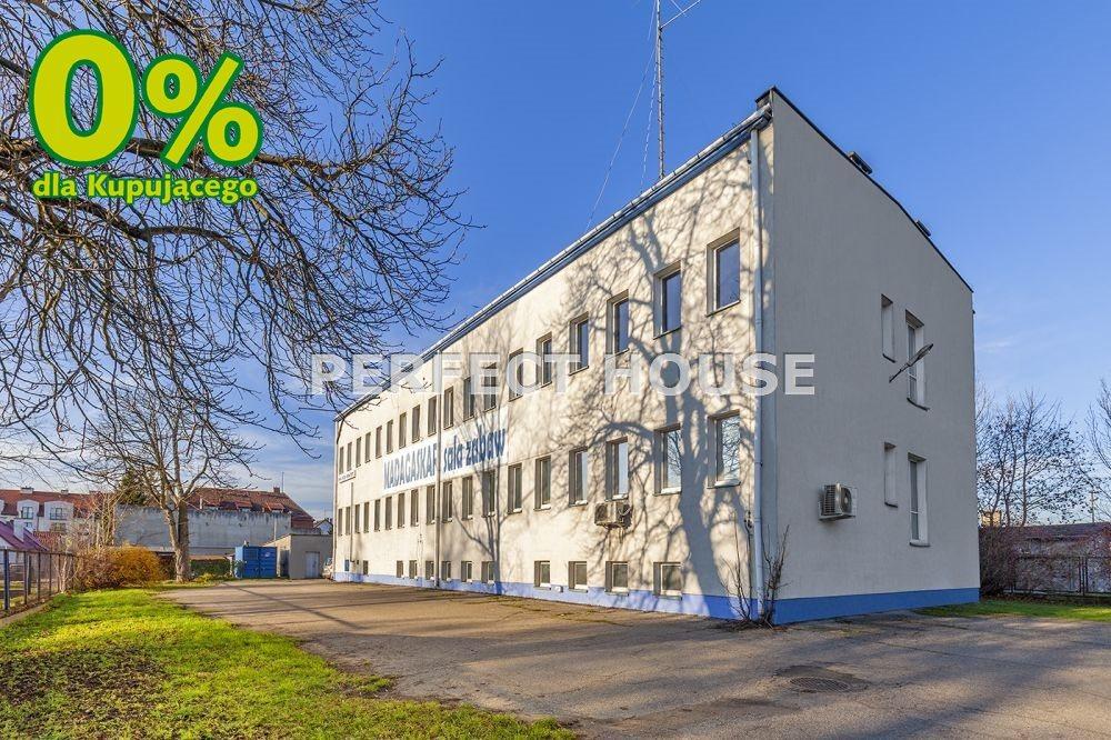 Lokal użytkowy na sprzedaż Nidzica, Nidzica  1191m2 Foto 1