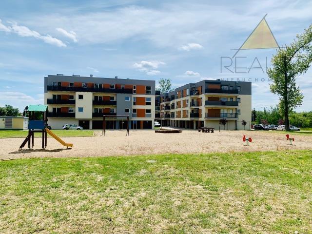 Mieszkanie trzypokojowe na sprzedaż Leszno, Myśliwska  52m2 Foto 10