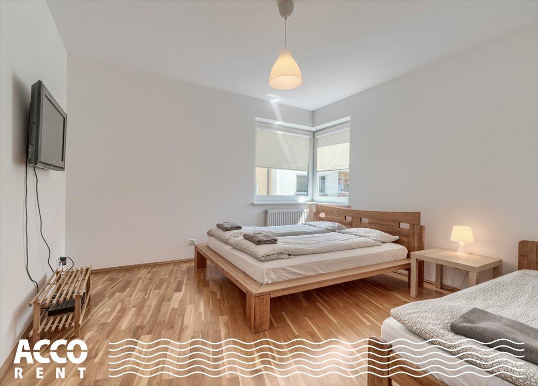 Mieszkanie czteropokojowe  na wynajem Gdynia, Karwiny, Parkowa  105m2 Foto 3