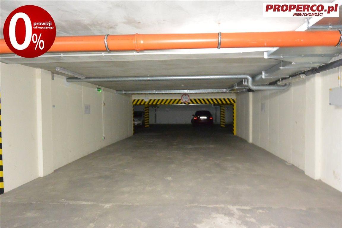 Garaż na sprzedaż Kielce, Szydłówek, Klonowa  13m2 Foto 1