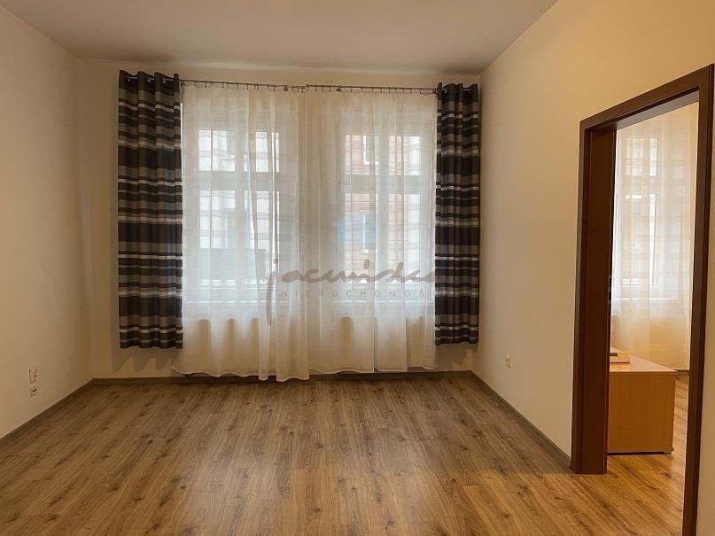Mieszkanie dwupokojowe na wynajem Gniezno, Centrum, Żuławy  56m2 Foto 5