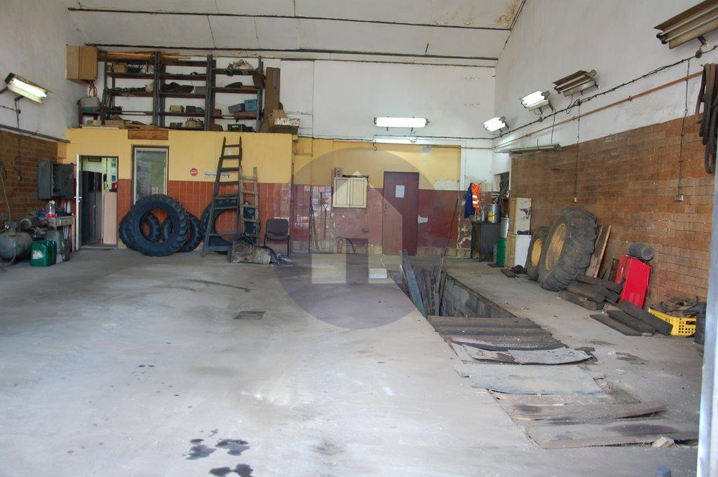 Lokal użytkowy na sprzedaż Wałbrzych  182m2 Foto 2