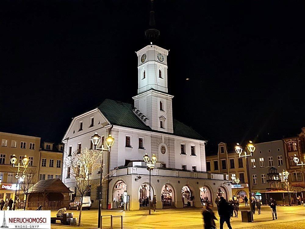 Kawalerka na wynajem Gliwice, Rynek, Rynek  30m2 Foto 1