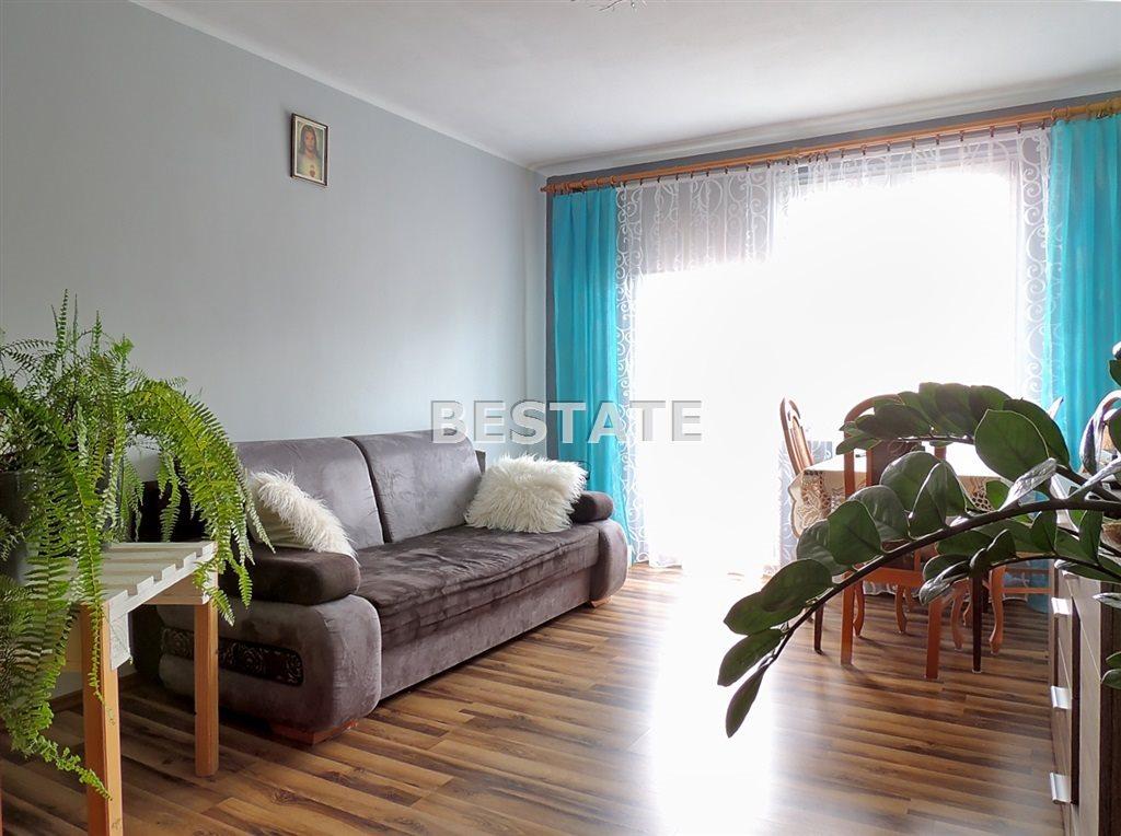 Mieszkanie trzypokojowe na sprzedaż Tarnów  60m2 Foto 1