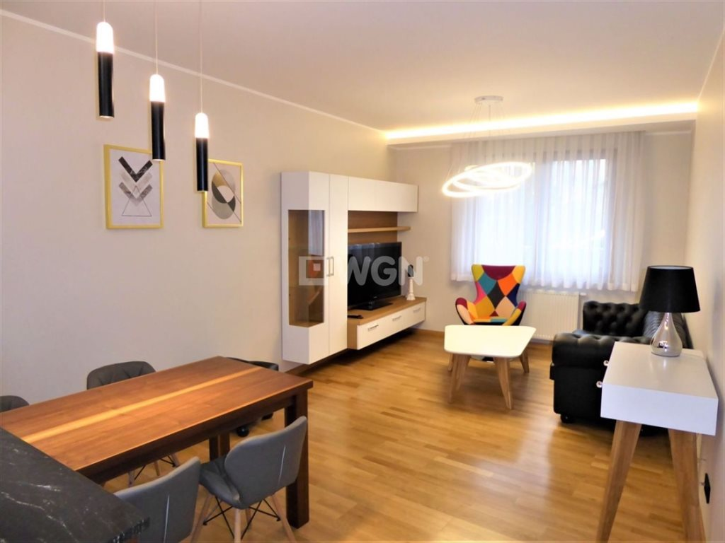Mieszkanie dwupokojowe na wynajem Częstochowa, Podjasnogórska, Śródmieście, Centrum, Św. Jana  52m2 Foto 2