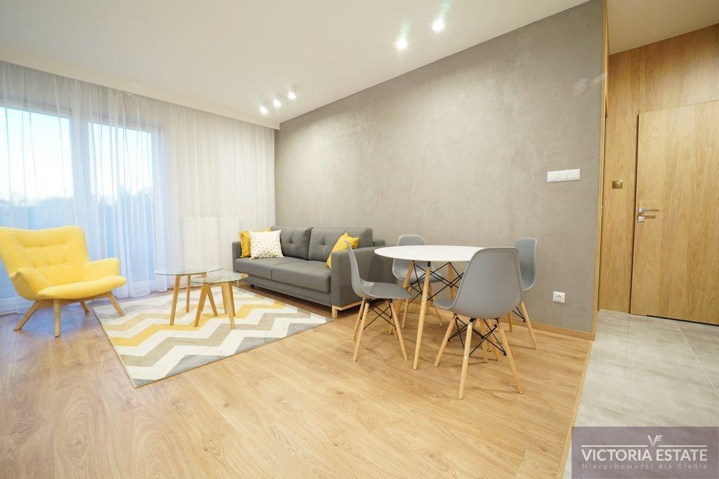 Mieszkanie dwupokojowe na wynajem Kraków, Podgórze, Rzemieślnicza  43m2 Foto 1