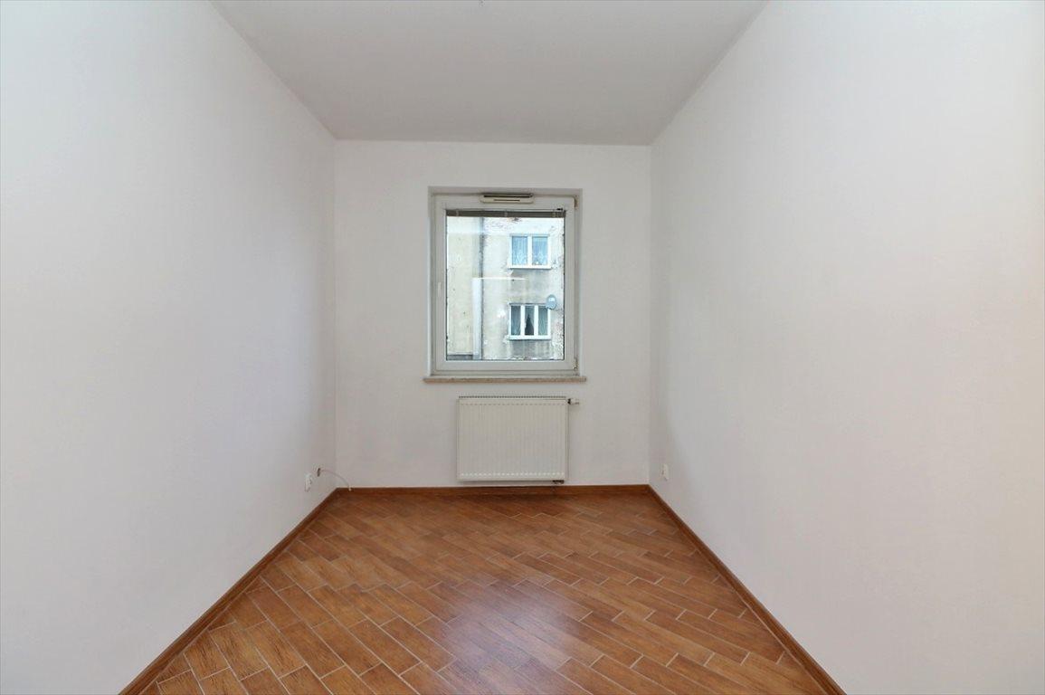 Mieszkanie czteropokojowe  na sprzedaż Warszawa  72m2 Foto 6