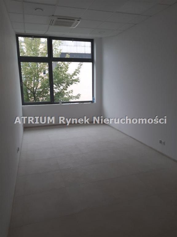 Lokal użytkowy na wynajem Piotrków Trybunalski  50m2 Foto 1