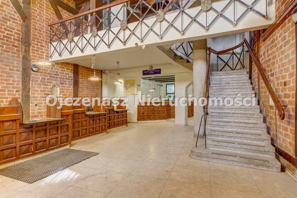 Lokal użytkowy na sprzedaż Toruń, Stare Miasto  641m2 Foto 2