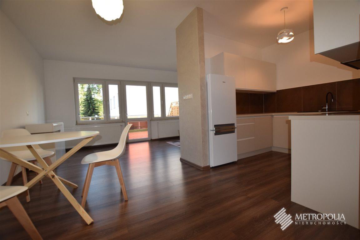 Mieszkanie trzypokojowe na wynajem Wieliczka, Wieliczka  66m2 Foto 1